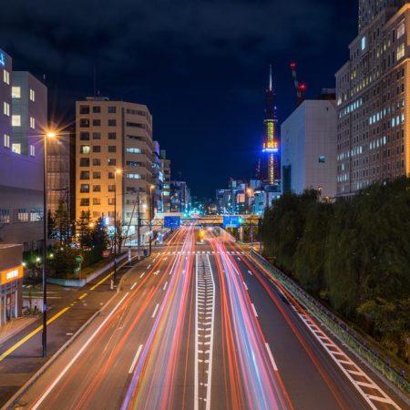 歩道橋から見た夜の札幌