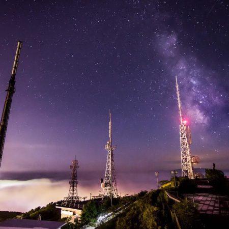 室蘭市、夜の測量山