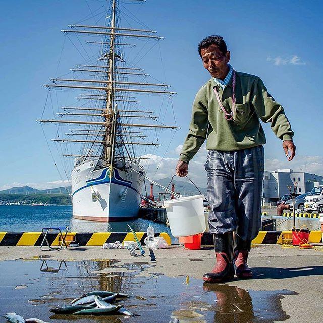 室蘭港の釣り人