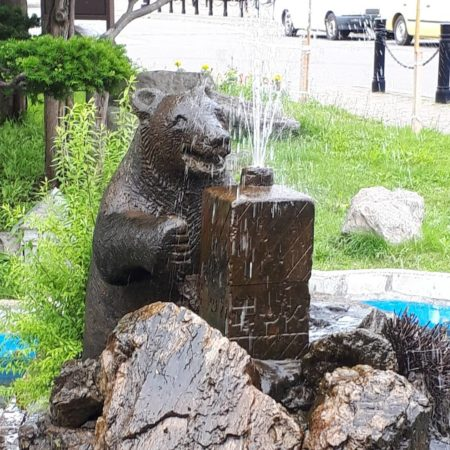 Fountain in the form of a bear in Yoichi