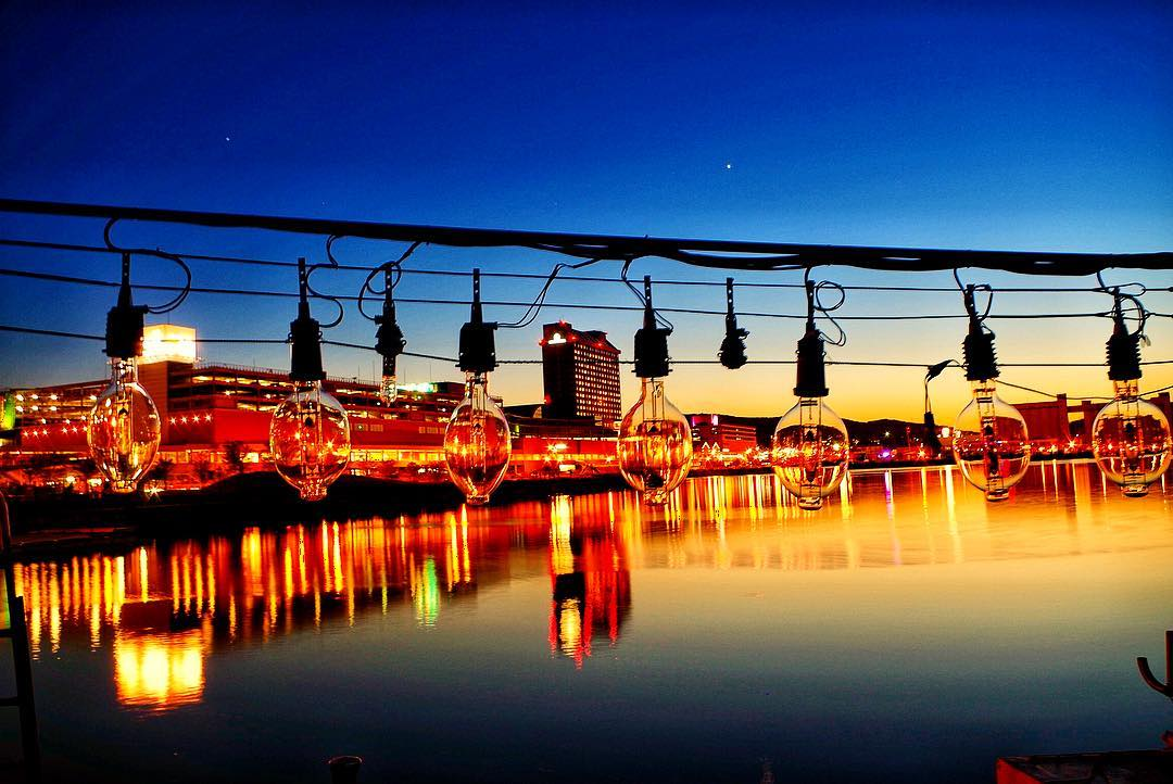 小樽市の漁船の集魚灯