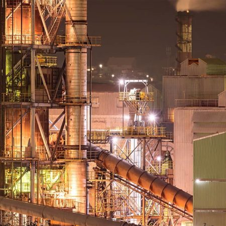 夜の室蘭製鉄所