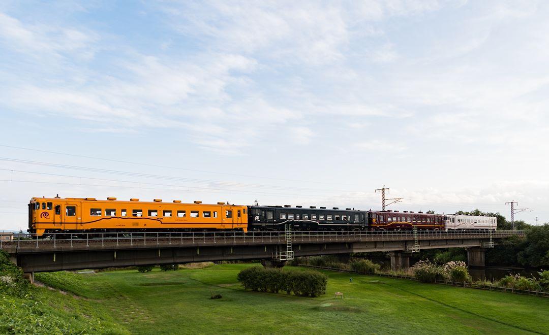 4色のいさりび鉄道