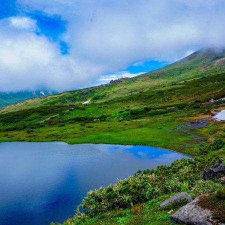 旭岳の雄大な自然