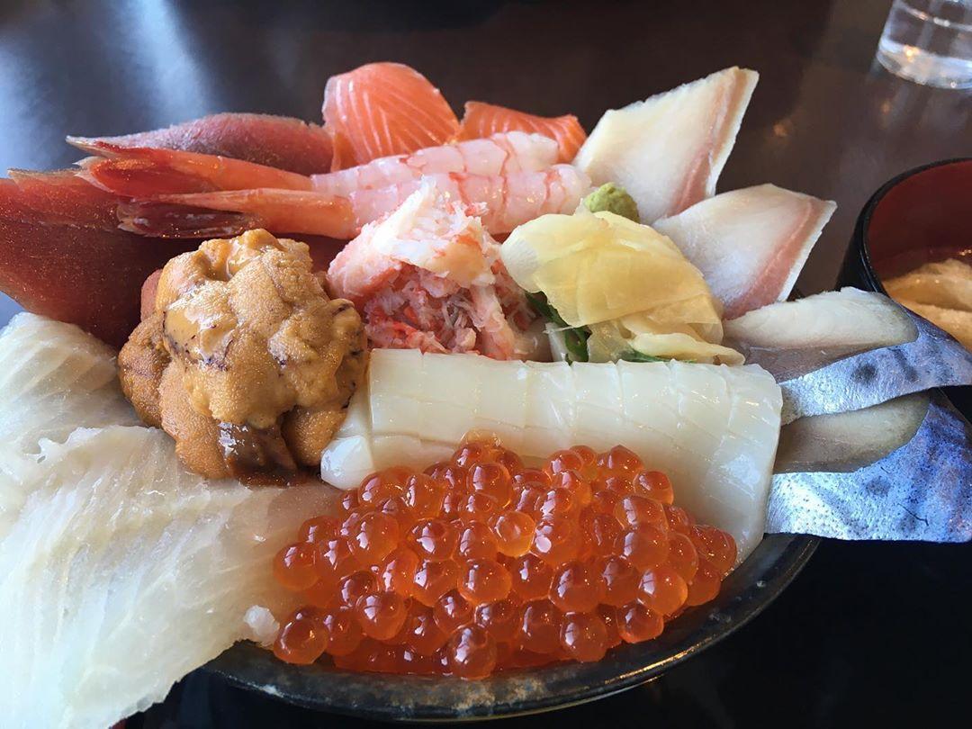 釧路市の海鮮丼