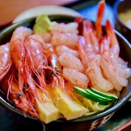 Sweet shrimp bowl in Mashike