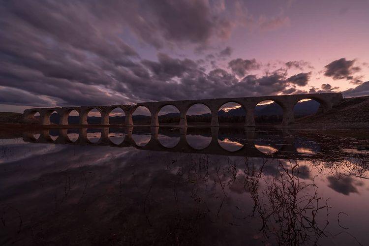 Fantastic Taushubetsu river bridge in kamishihoro