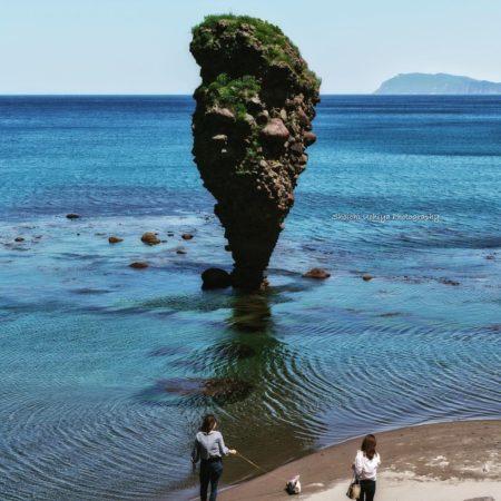 えびす岩と青い海(余市町)
