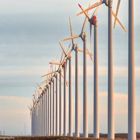 28基の風車(幌延町)