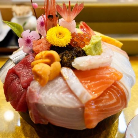 豪華な海鮮丼(恵庭市)