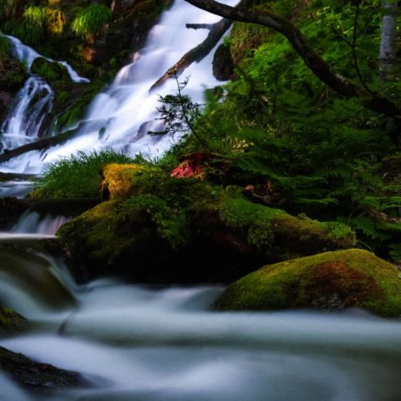 Shiroganefudo Waterfall (Biei)