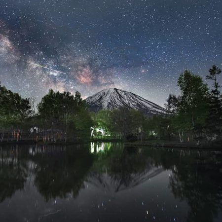 Mt. Yotei and the starry sky (Kutchan)